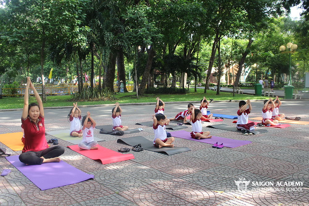 saigon-academy-summer-for-joy-yoga-4.JPG